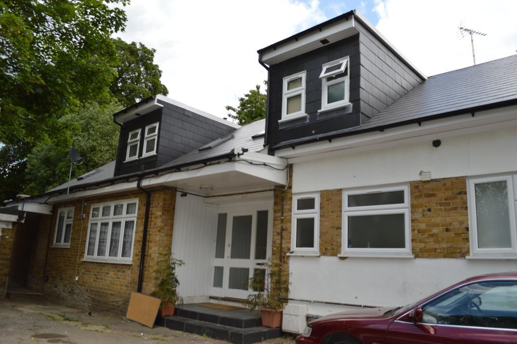 Mountfield Road, Finchley Central, London, N3 3ND