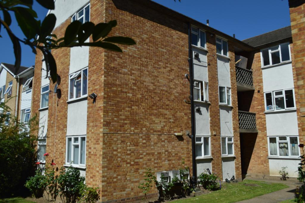 Edgeworth Road, Barnet, Barnet, London, EN4 9AB