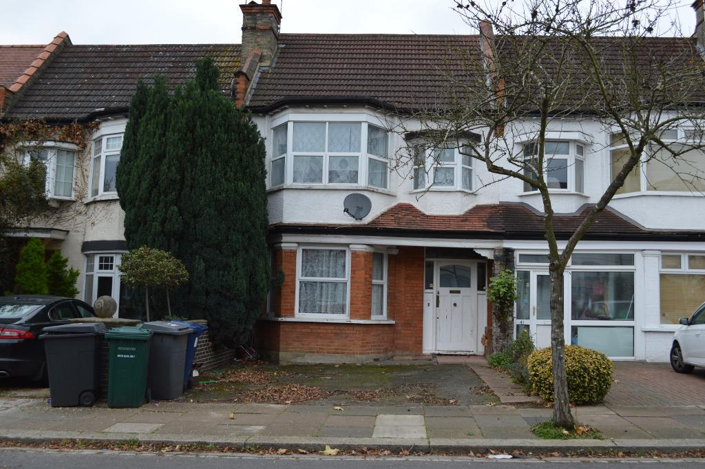 Queens Avenue, Finchley, London, N3 2NN
