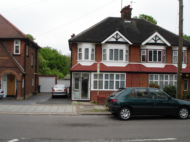 Chanctonbury Way, Woodside Park, London, N12 7JD