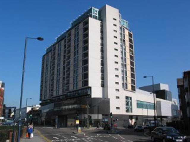 Penthouse 100 Kingsway, North Finchley, London, N12 0EQ