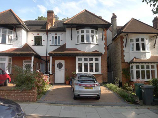 Windermere Avenue, Finchley Central, London, N3 3QY